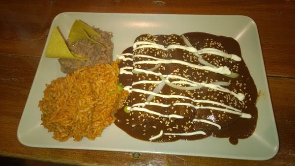 Enchiladas de mole @aztecaireland  #mexfest14 http…